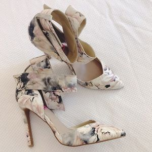 Betsey Johnson Malissa floral pumps